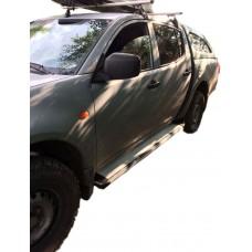 Боковые пороги (подножки) для Mitsubishi L200 (1996-2005)