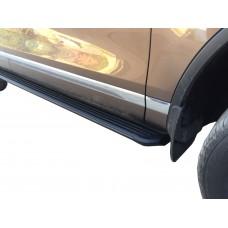 Боковые пороги (черные) для Porsche Cayenne (2002-2010)