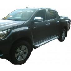 Боковые пороги (подножки) для Toyota Hilux (2015-)